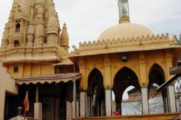 पाकिस्तान के इस हिंदू मंदिर में नही है कोई मूर्ति